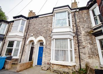 Thumbnail 1 bed terraced house for sale in Adderbury Grove, Hull