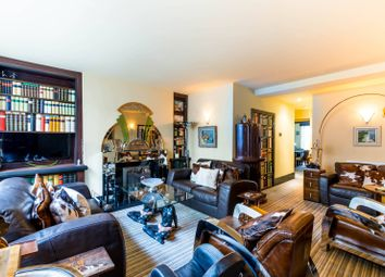 Thumbnail 3 bed maisonette for sale in Cambridge Street, Pimlico
