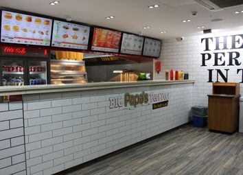 Restaurant/cafe to let in Holloway Road, London N7