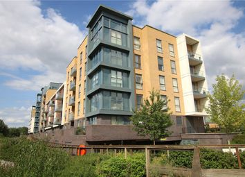 Thumbnail 2 bedroom flat for sale in Cygnet House, Drake Way, Reading, Berkshire