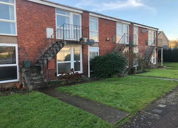 Thumbnail 2 bed flat to rent in Kendall Crescent, North Oxford