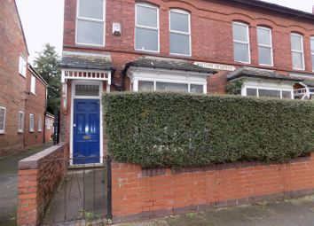 4 bed property to rent in Willows Crescent, Balsall Heath, Birmingham B12