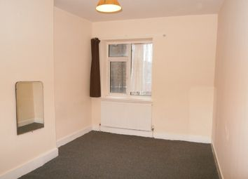 1 bed flat to rent in Longbridge Road, London RM8