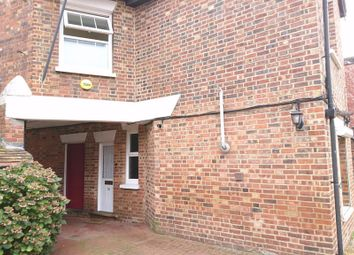Thumbnail Room to rent in High Street, Edenbridge