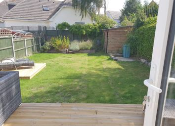 Thumbnail 5 bedroom detached house to rent in Sherwood Avenue, Whitecliff