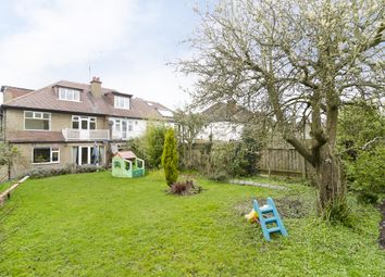 Thumbnail 6 bed property to rent in Creighton Avenue, London