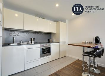 2 bed flat to rent in Mace House, Union Lane, Isleworth TW7