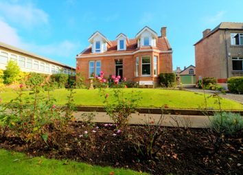 Thumbnail 2 bed flat for sale in Thornlie Gill, Wishaw
