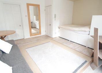 Thumbnail Studio to rent in Sinclair Road, London
