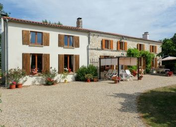 Thumbnail 4 bed property for sale in Bercloux, Charente-Maritime, France
