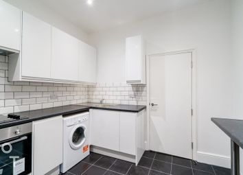 Thumbnail 4 bed flat to rent in Hilldrop Road, Tufnell Park