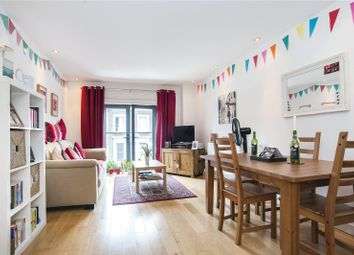Thumbnail 1 bed flat to rent in Graham Road, Hackney, London