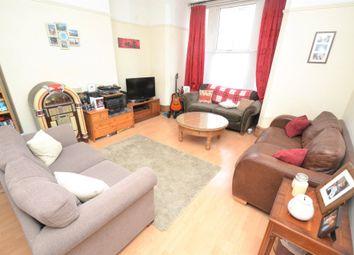 Thumbnail 1 bed flat to rent in Oakwood Avenue, Oakwood, Leeds