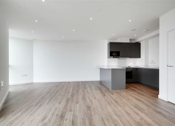 Thumbnail 3 bed flat to rent in Pinnacle Apartments, Saffron Central Square, Croydon, Surrey