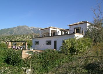 Thumbnail 5 bed country house for sale in Spain, Málaga, Viñuela, Puente Don Manuel