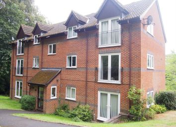 Thumbnail 2 bed flat to rent in Edmunds Gardens, High Wycombe