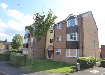 Thumbnail 2 bedroom flat for sale in Falcon Close, Dunstable
