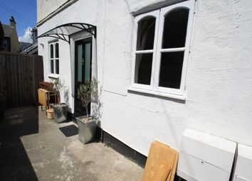 Thumbnail 1 bed flat to rent in Beach Avenue, Leigh-On-Sea
