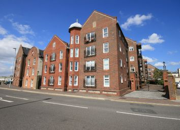Thumbnail 2 bedroom flat to rent in Barbers Wharf, Poole