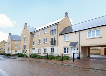 2 bed flat to rent in Shilton Park, Carterton OX18