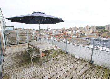 Thumbnail 1 Bed Flat To Rent In Robert Street Brighton