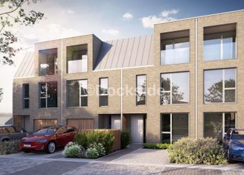 5 bed terraced house for sale in Dock Road, Chatham ME4