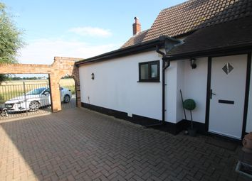 Thumbnail 1 bed cottage to rent in Thorpe Lane, Trimley St Martin