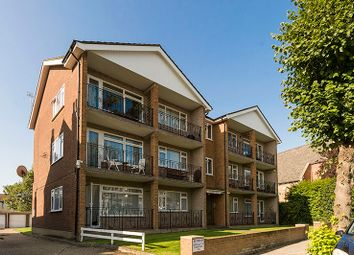 Thumbnail 2 bed flat to rent in Compton Road, Winchmore Hill