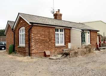 Thumbnail Flat to rent in Newmarket Road, Great Chesterford, Saffron Walden