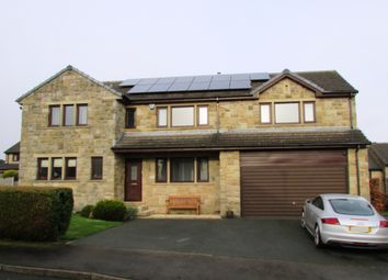 Thumbnail 5 bed detached house for sale in Stonecroft Gardens, Shepley, Huddersfield