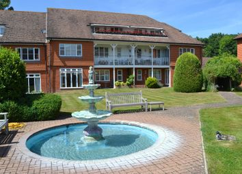 2 bed flat for sale in Pine Lodge, Leigh Corner, Cobham KT11