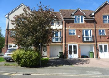 3 bed terraced house to rent in Byron Drive, Erith DA8