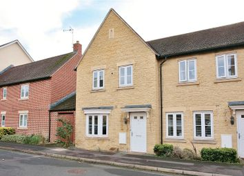 Ashcombe Crescent, Witney, Oxon OX28. 3 bed detached house for sale