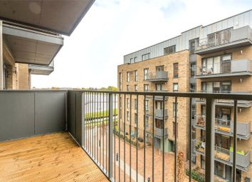 Thumbnail 2 bed flat to rent in Green Lanes Walk, Finsbury Park, London
