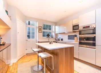 Thumbnail 3 bed flat to rent in Sidmouth Road, Brondesbury