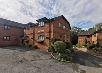 Thumbnail 2 bed flat to rent in St Peter's Avenue, Caversham, Reading