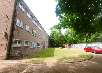 Thumbnail 2 bed flat for sale in The Chestnuts, Gwydor Road, Beckenham