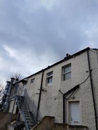 Thumbnail 2 bed flat to rent in Bradford Road, Keighley, West Yorkshire BD214Bw