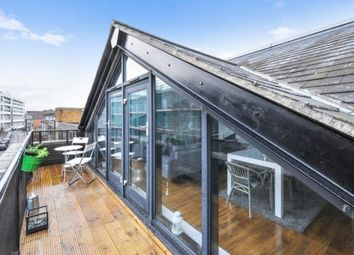 Thumbnail 2 bed flat to rent in The Highway, London