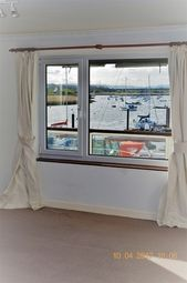 Thumbnail 2 bed flat to rent in Ferry Road, Topsham, Exeter