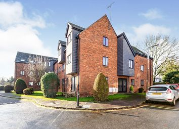 2 bed flat to rent in Wratten Road East, Hitchin SG5