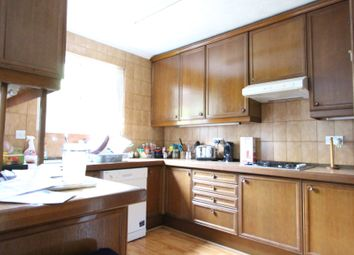 Thumbnail Room to rent in Hogan Mews, Paddington