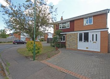 Downsview Road, Horsham RH12. 3 bed detached house