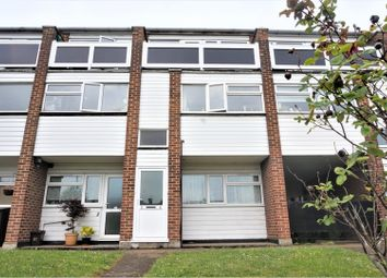 Thumbnail 2 bed flat for sale in Turners Court, Cheshunt