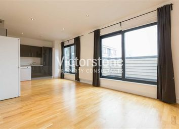 Thumbnail 2 bed flat to rent in Manningtree Street, Aldgate East, London