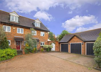Thumbnail 3 bed property for sale in Hampton Close, Borehamwood