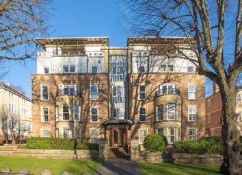 Thumbnail 2 bed flat for sale in The Avenue, Clifton, Bristol