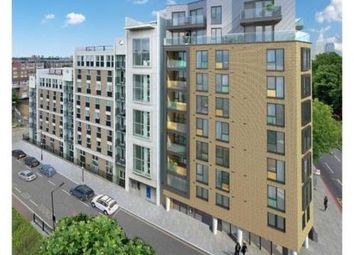Thumbnail 2 bed flat to rent in Wapping, London
