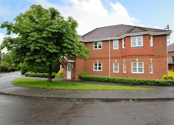 Thumbnail 2 bedroom flat to rent in Carpenters Court, Mortimer Common, Reading