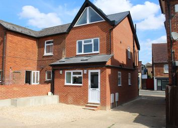 Thumbnail 2 bed flat to rent in Farncombestreet, Farncombe